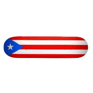 Puertorikanisches Flaggen-Skateboard. Vereinigte S Skateboardbrett