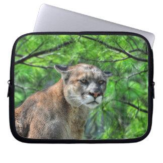 Puma-Berglöwe u. Sommer-Kiefer Laptop Sleeve