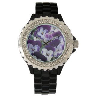 Purple_And_White_Pansy_Bouquet_Ladies_Wrist_Watch. Uhr