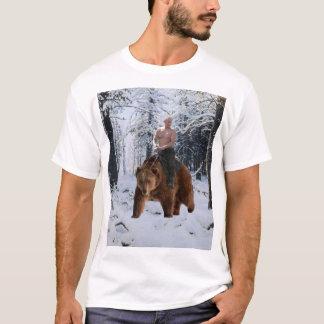 Putin auf einem Bären T-Shirt