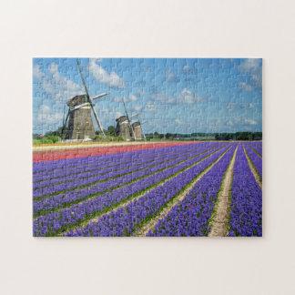 Puzzle der Blumen und der Windmühlen