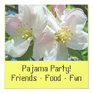 Pyjama-Party! Einladungs-Blütensleepover-Party Individuelle Einladungskarte