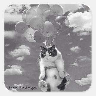 Quadratische Aufkleber: Lustige Fliegen Katze mit Quadratischer Aufkleber