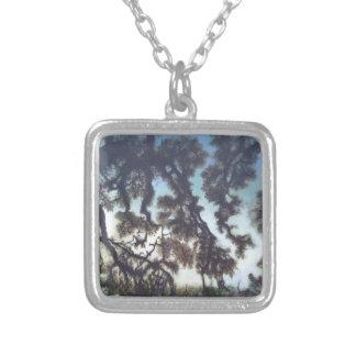 Quadratische Halskette des Baums u. des Himmels