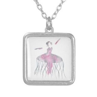 Quallen-Ballerina - Genevieve Versilberte Kette
