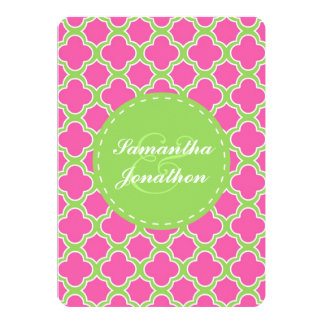 Quatrefoil Muster-rosa und grüne Hochzeit laden 12,7 X 17,8 Cm Einladungskarte