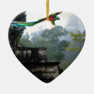 Quetzel in Tikal Keramik Ornament