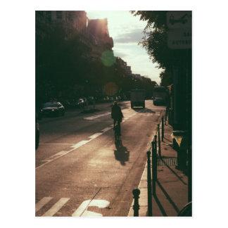 Radfahren in Paris Postkarte