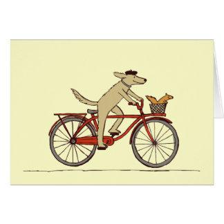 Radfahrenhund mit Eichhörnchen-Freund - Mitteilungskarte