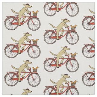 Radfahrenhund mit Eichhörnchen Stoff