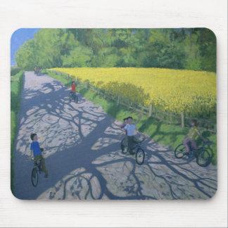 Radfahrer und Gelb-Feld Kedleston Derby Mauspads