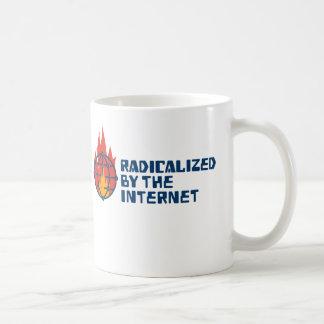 Radikalisiert durch das Internet Kaffeetasse