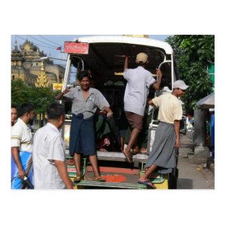 Rangun-Bus-Leiter Postkarte