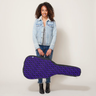 Rankenfußkrebse in der dunkelblauen gitarrentasche