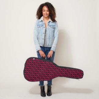 Rankenfußkrebse in der rosa Akustikgitarre-Tasche, Gitarrentasche