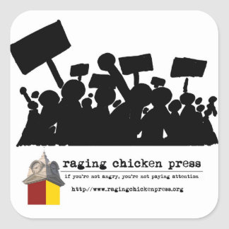 Rasende Huhn-Presse-Protest-Szenen-Aufkleber Quadratischer Aufkleber