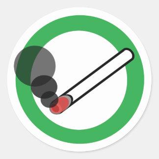 Rauchendes Zeichen Runder Aufkleber