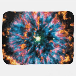 Raum-Foto des planetarischen Nebelfleck-NGC 6751 Puckdecke