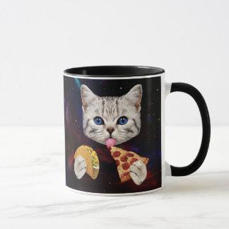 Raum-Katze mit Taco und Pizza Tasse