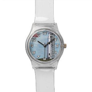Raum-Produkteinführungs-Systemrocket Launchpad der Armbanduhr