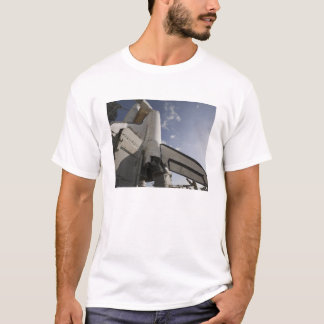Raumfähre-Bemühung auf der Abschussrampe 6 T-Shirt