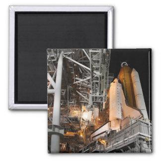 Raumfähre-Bemühung auf der Abschussrampe Quadratischer Magnet