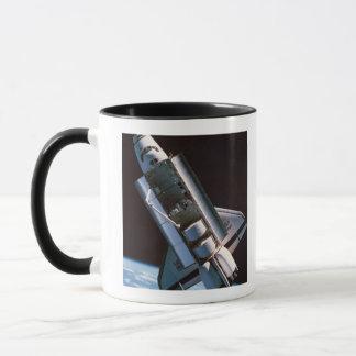Raumfähre mit offenem Laderaum Tasse