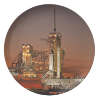 Raumfähreprodukteinführung der NASAs Atlantis Melaminteller