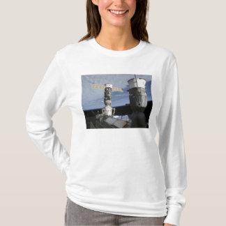 Raumfahrzeuge des Russen Soyuz und des T-Shirt