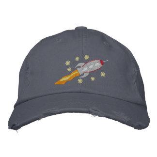 Raumschiff gestickter Hut