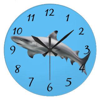 Realistischer Haifisch Große Wanduhr