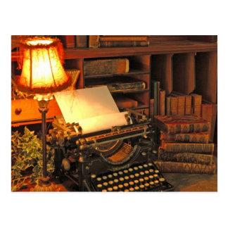 Recht an und schreiben Sie an Postkarte