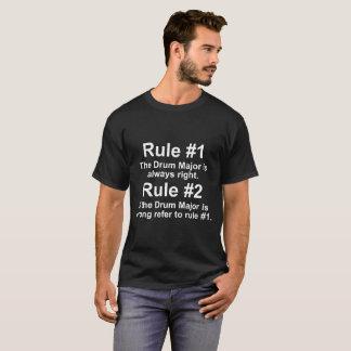 Rechtes Shirt Tambourmajor-Regeln immer