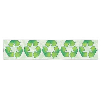 Recyceln des Symbols Kurzer Tischläufer
