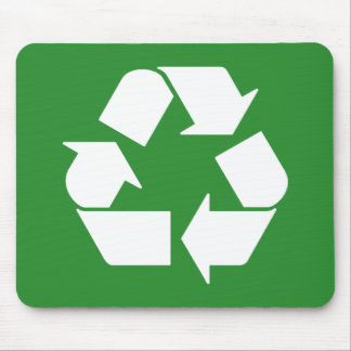 Recyceln Sie Symbol auf Grün Mousepad