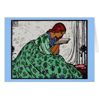 Redhead-Dame In eine grüne Kleiderlesung Karte