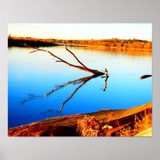 Reflexion auf einem Flussplakat Poster