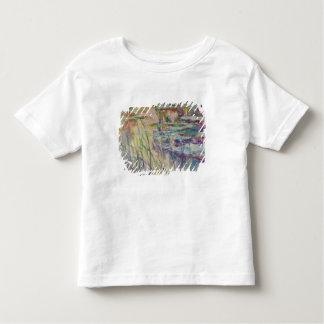 Reflexionen Claude Monets | auf dem Wasser, 1917 Kleinkind T-shirt