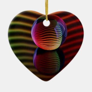 Reflexionen im Kristallball Keramik Ornament