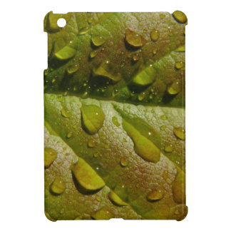Regen auf einem Magnolien-Blatt iPad Mini Hüllen