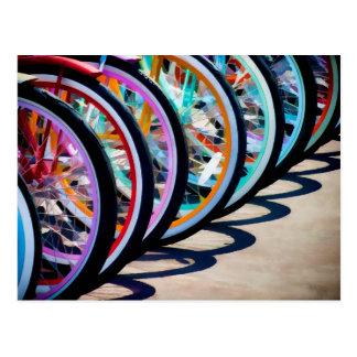 Regenbogen der Fahrräder Postkarte