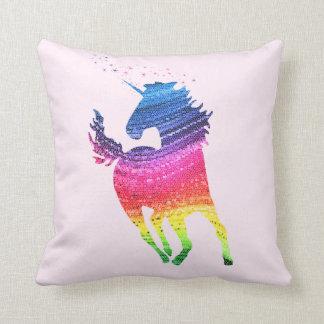 Regenbogen-Einhorn Kissen