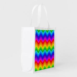 Regenbogen färbt großes Zickzack Muster des Einkaufstasche