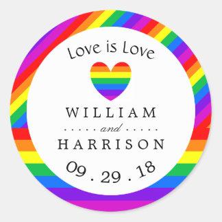 Regenbogen-Herz-Liebe ist Liebe Wedding Runder Aufkleber