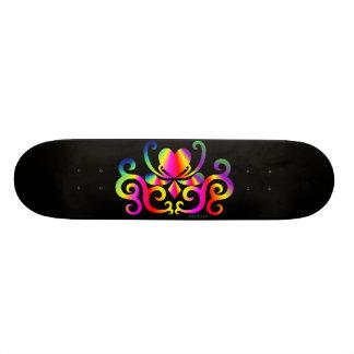 Regenbogen-Herz und Lilie 20,1 Cm Skateboard Deck