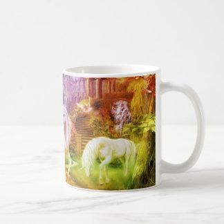 Regenbogen-Königreich-Einhörner Kaffeetasse