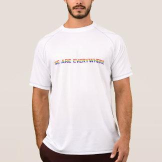 Regenbogen - Meister-doppelte trockene Masche T-Shirt