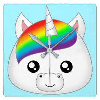 Regenbogen niedlicher Kawaii Unicorn-Gesichts-Kopf Quadratische Wanduhr