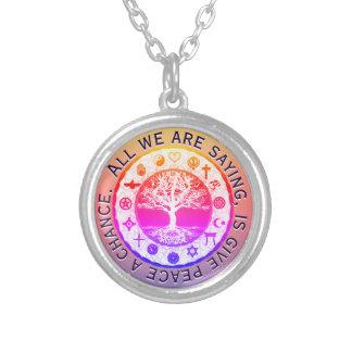 Regenbogen-religiöser Symbol-Frieden Versilberte Kette