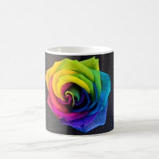 Regenbogen-Rose durch JanLynn Kaffeetasse